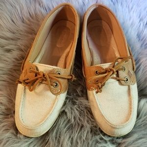 Sperry cream and tan topsider